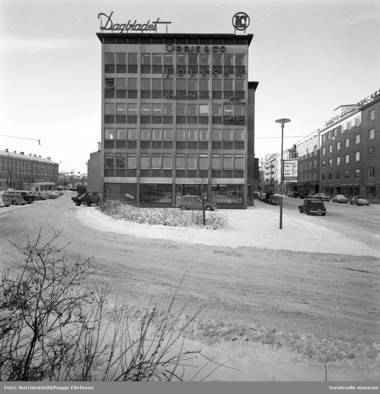 Exteriörbilder av Dagbladets hus vid Köpmangatan 1.
