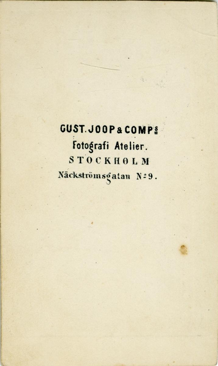 Porträtt av Georg Fredrik Schmiterlöw, underlöjtnant vid Smålands husarregemente.  Se även bild AMA.0008573.