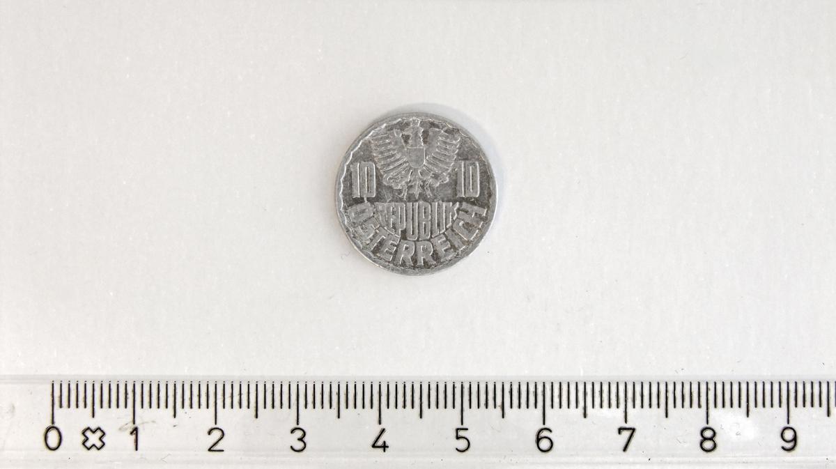 10 Groschen,  ØSTERRIKE,  1974,  Aluminium.  10 Groschen = 1/10 østerriksk Schilling  Form:  Sirkulær