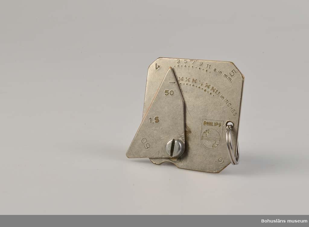 """594 Landskap BOHUSLÄN  Märkt med olika gradbeteckningar: """"PHILIPS"""". Hål med nyckelring, en ställbar vinge med skruv och mutter, för att mäta A-mått och K-mått."""