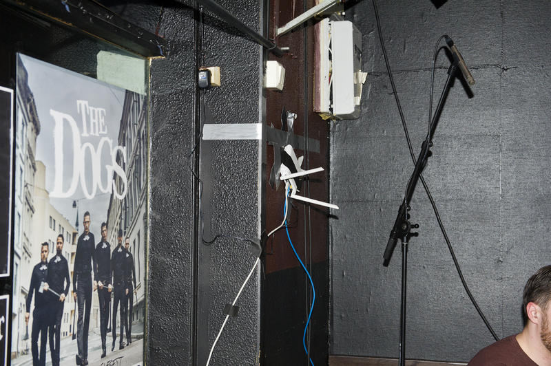 På Garage kommer de langt med gjør det selv-mentalitet og gaffa tape. Foto: Helge Skodvin. (Foto/Photo)