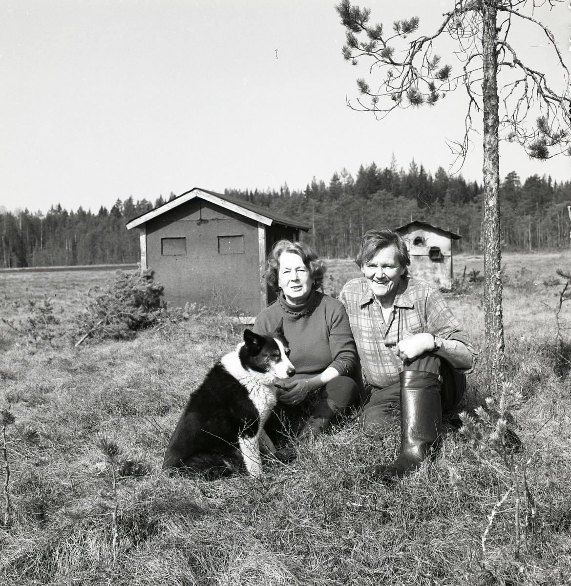 Hilding och Adéle Mickelsson vid Degeln 30 april 1984.
