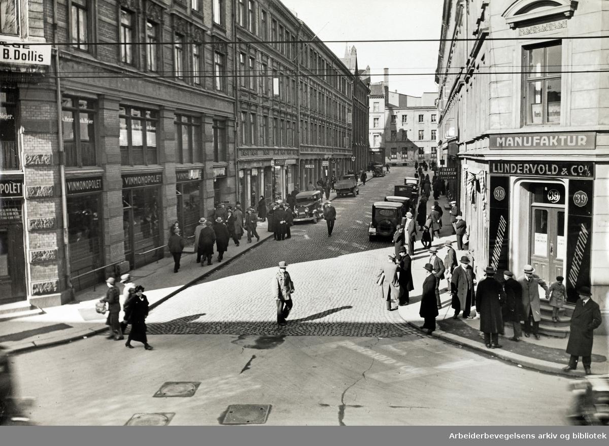 Ebbells gate, Oslo, sett fra Storgata 39. Udatert, 1930-tallet.