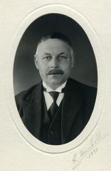 Ordfører O. Egge