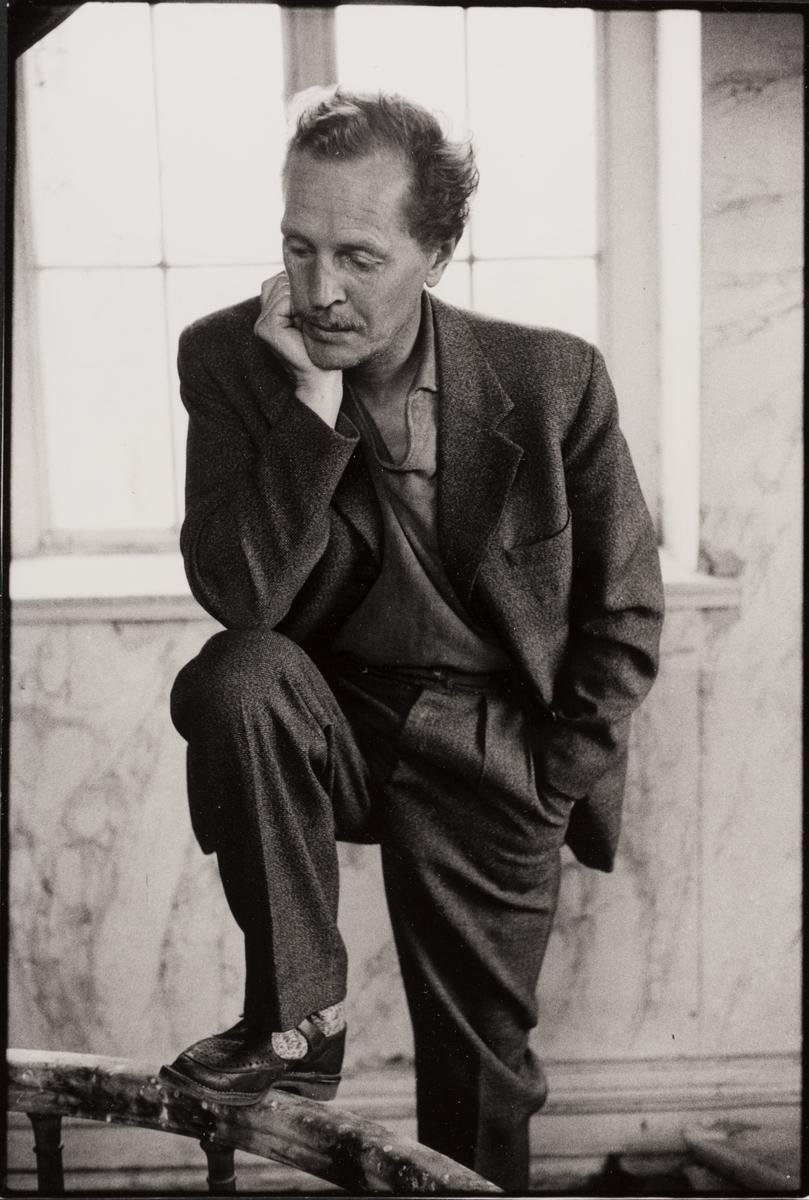 Författare och konstnär Folke Dahlberg i Sjötorp 1961.