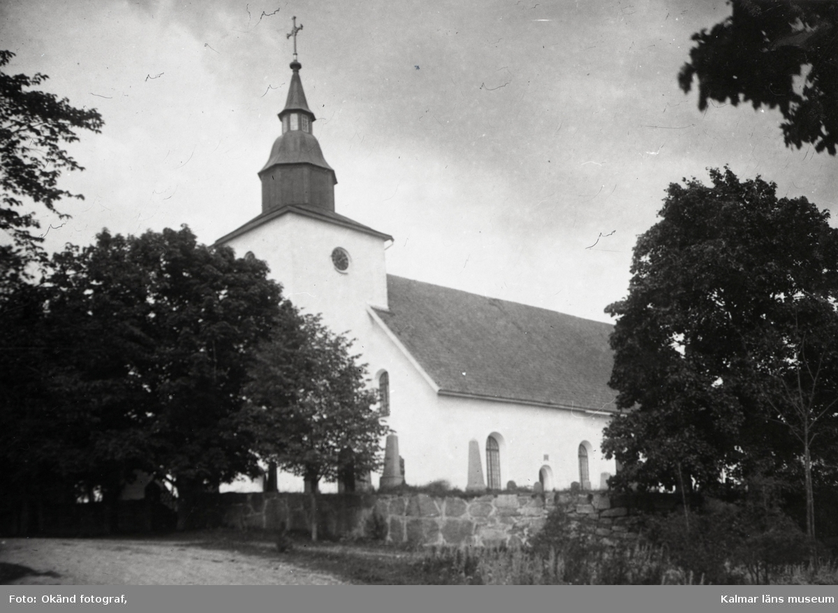 Döderhult kyrka.