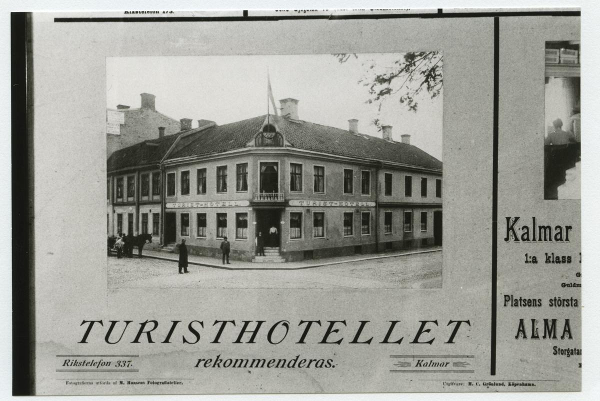 Detalj av annonstavla daterad 1908. Turisthotellet, hörnet Larmgatan - Ölandsgatan.