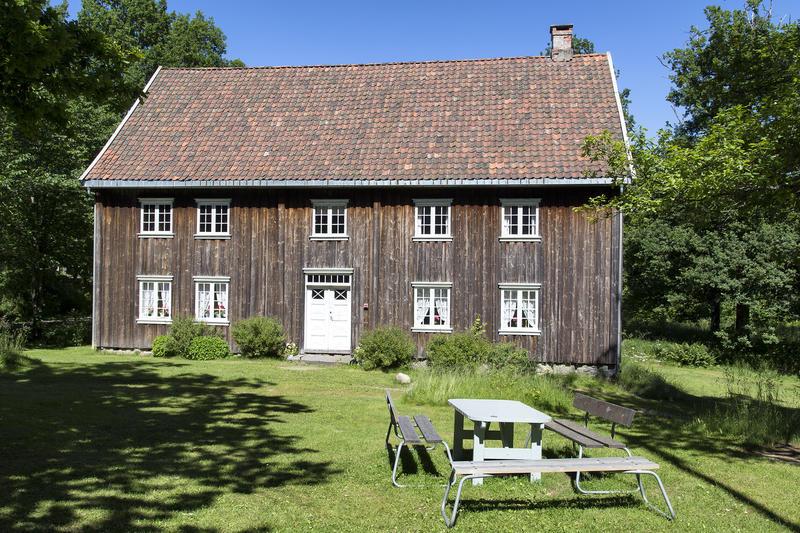 Børsum-bygningen. Gjenoppført på Follo museum i 1961.