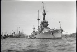 H.M.S. Sverige i Göteborgs hamn sommaren 1929