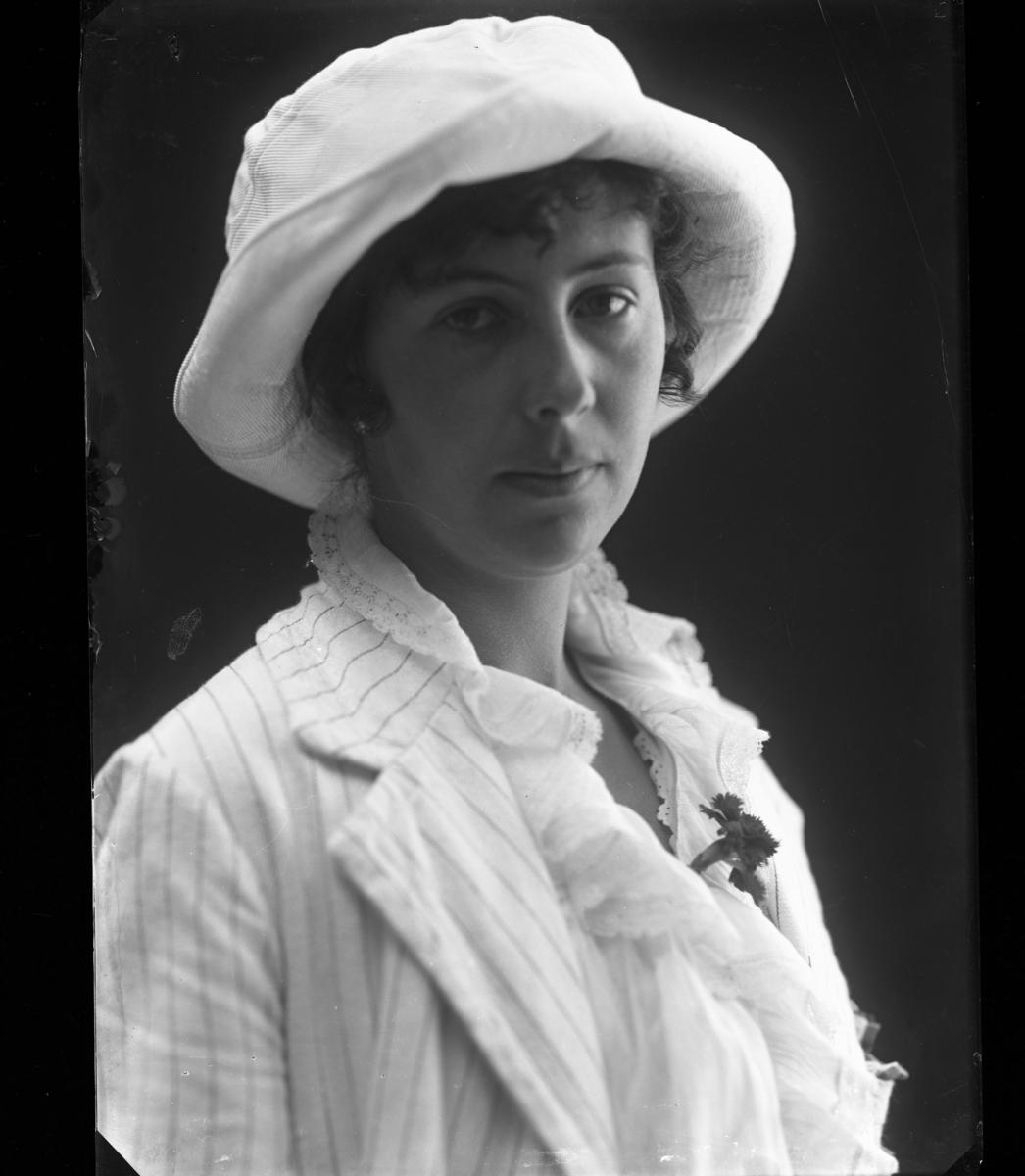 Friherrinnan Helga Maria von Otter