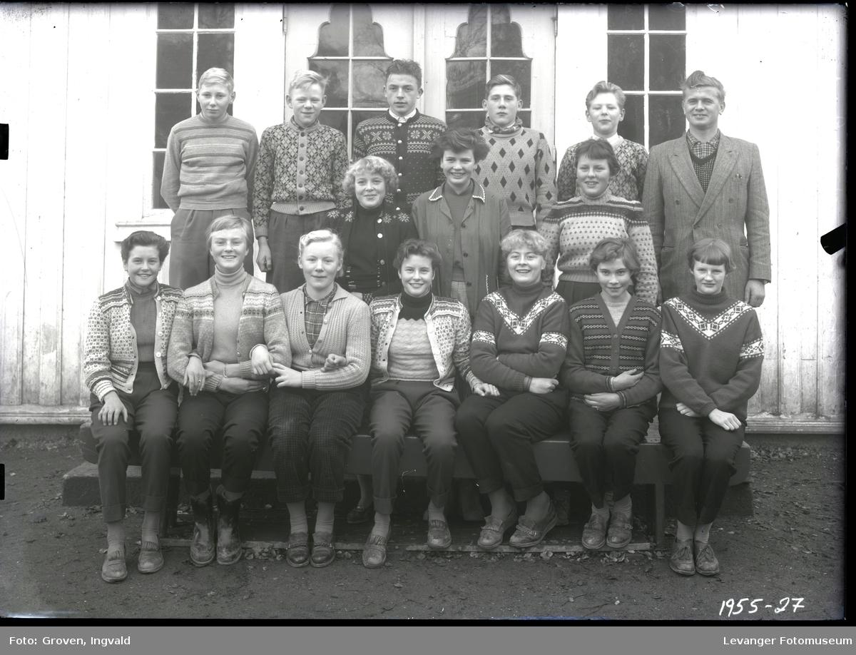 Skolebilde fra folkeskole, Nesheim skole.