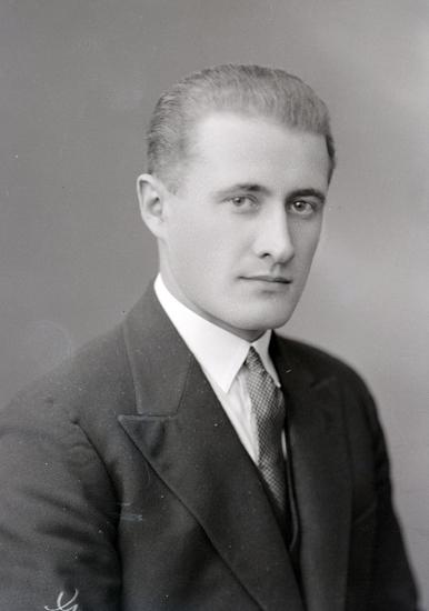 Bildtext: Ragnar Svensson, Götene. c/o Frans Lindqvist. Januari 1933.