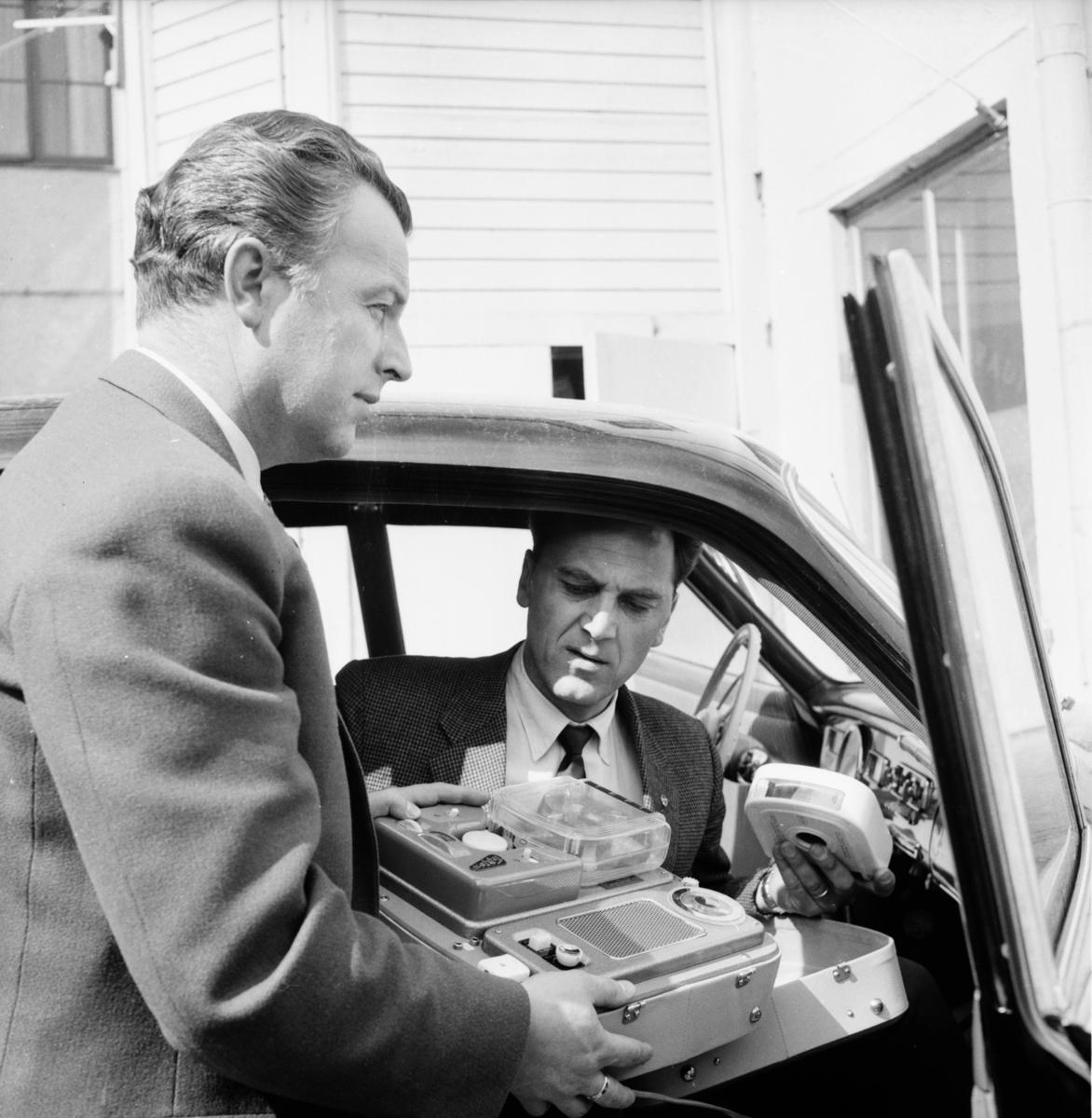 Bollnäs radiocentral. Bilradiogrammofon. 18/5 1957