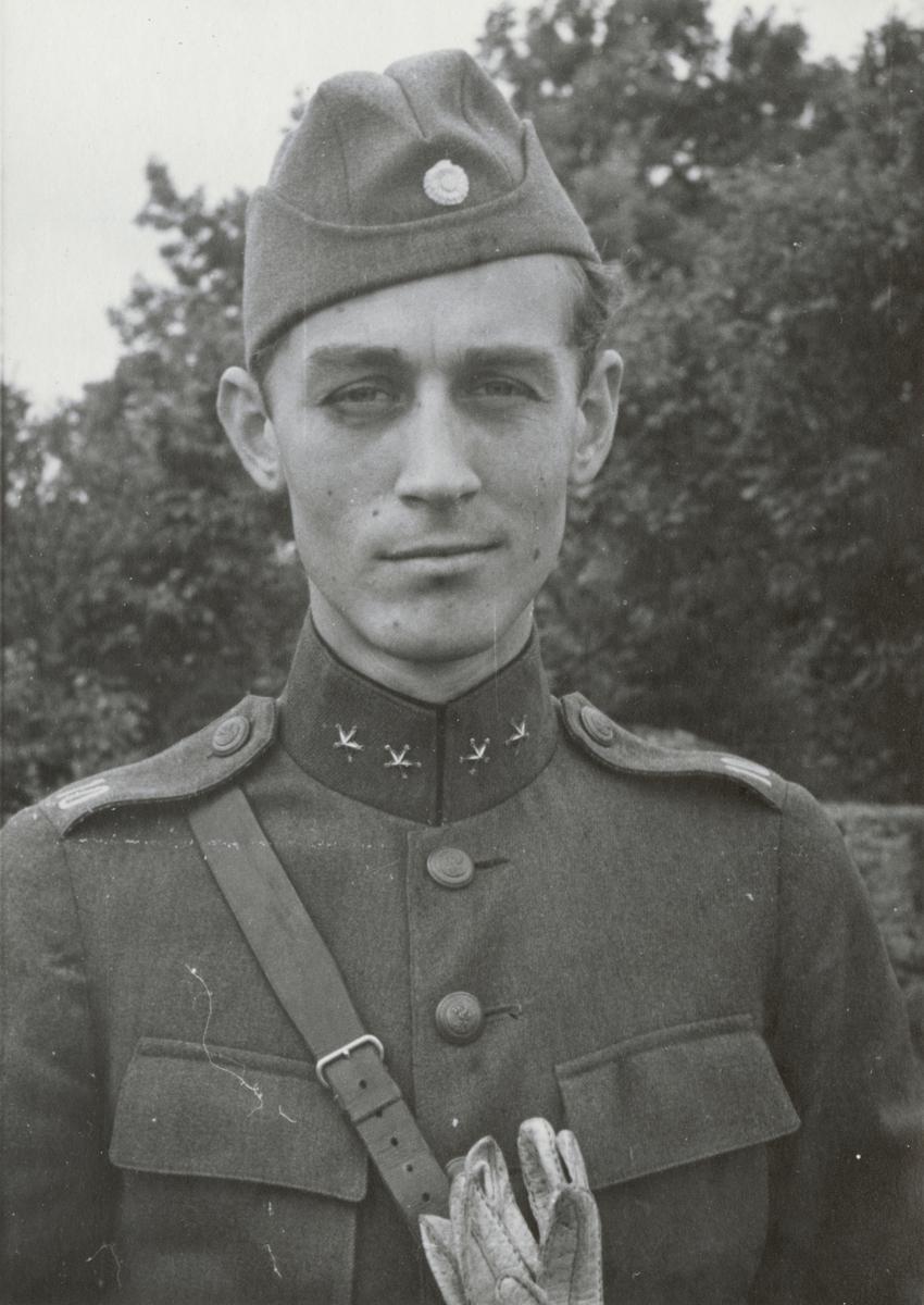 Löjtnant Stig Karpe från Södermanlands regemente I 10.