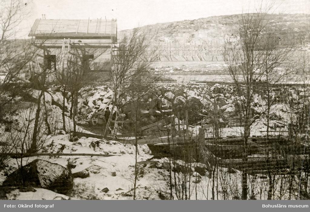 Området kring stenhuggeriet täckt av snö