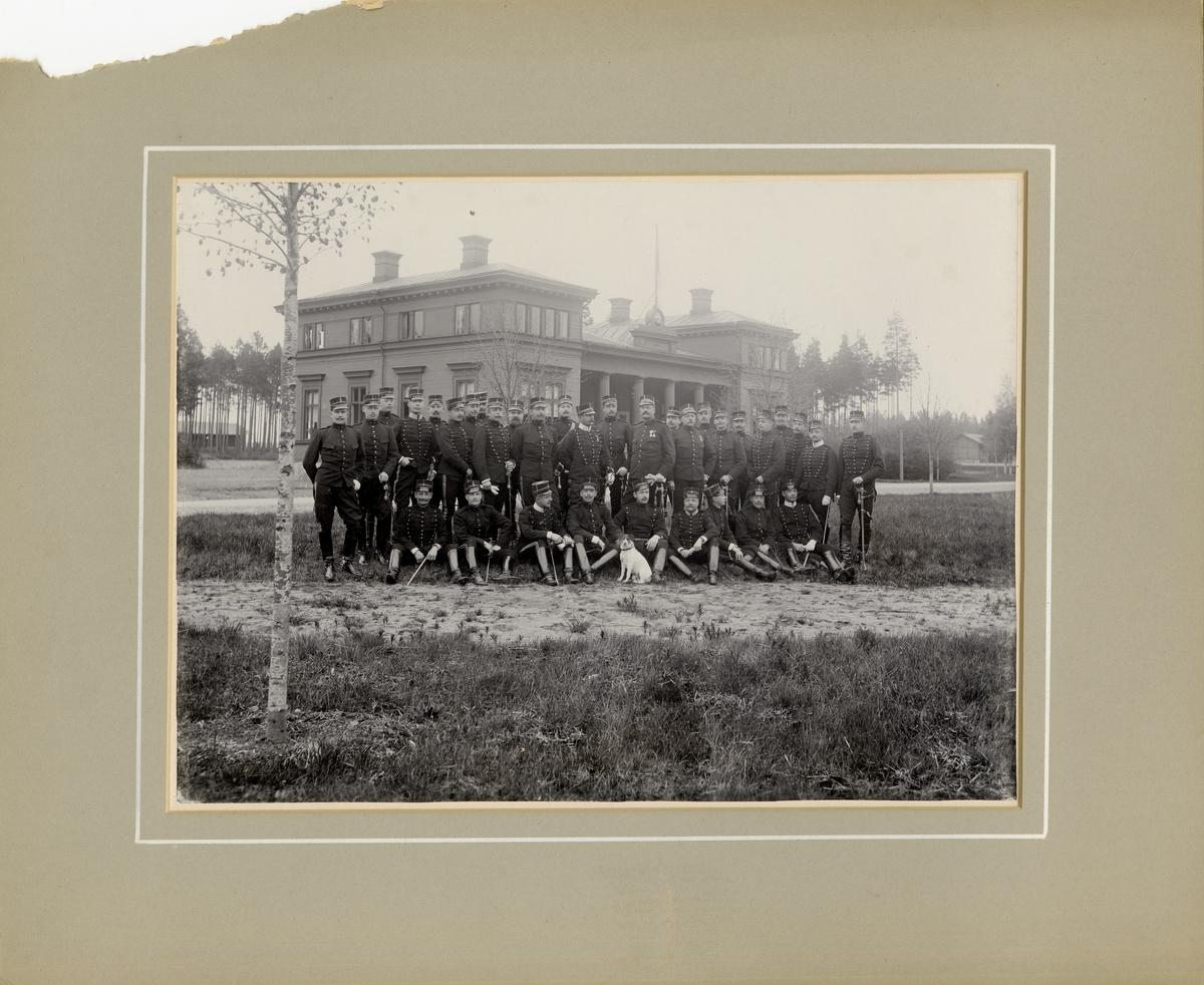 Artilleriets skjutskola för äldre officerare på Marma skjutfält 1898.