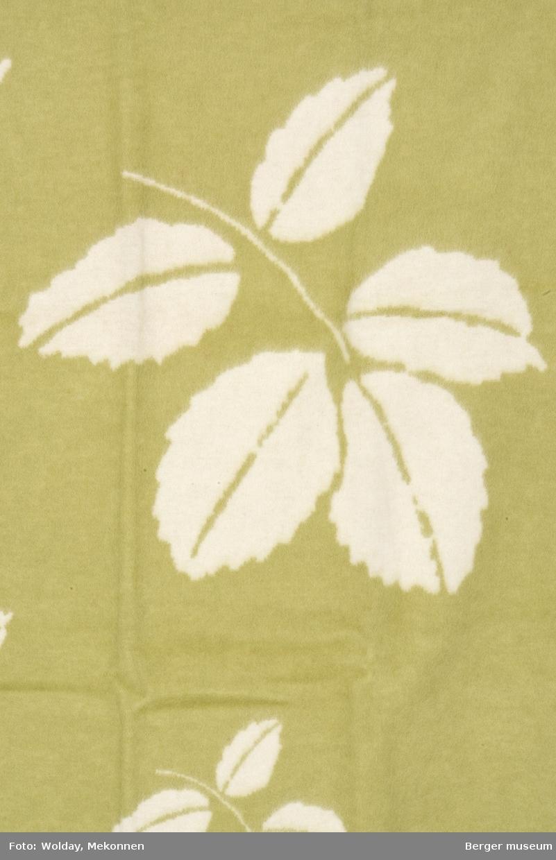 Store blader, mindre blader, enda mindre blader. Roseblader