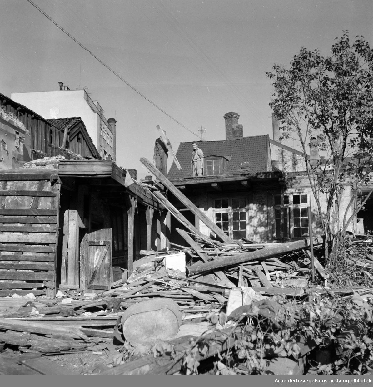 Rødfyllgata. Sanering. September 1956