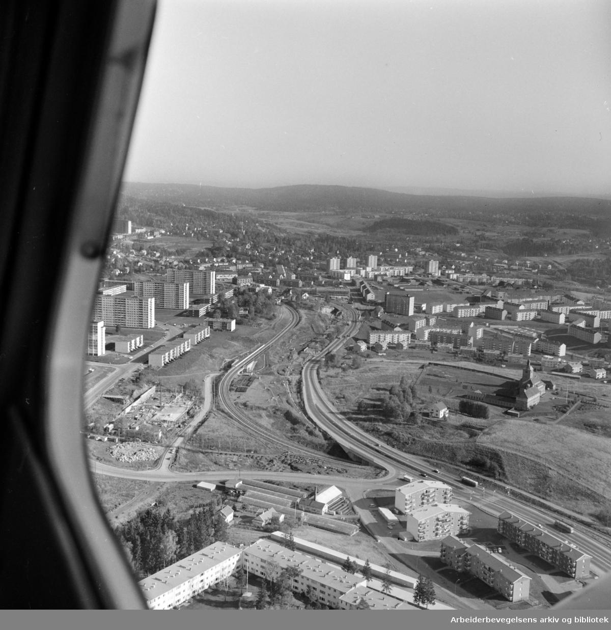 Rødtvet stasjon. Flyfoto. Oktober 1966