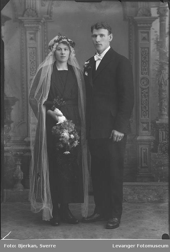 Portrett av Hans Lundsvald med sin brud navn ukjent