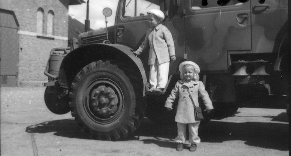 Regementets Dag 1945. Gunnar och Gunilla Gylfe.