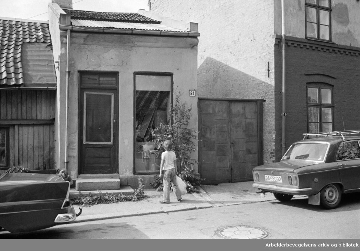 Maridalsveien 84. er fra 1600- eller begynnelsen av 1700-tallet. August 1978