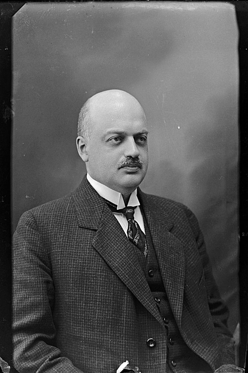 Länsassessor Carl Gustaf Ihrfors