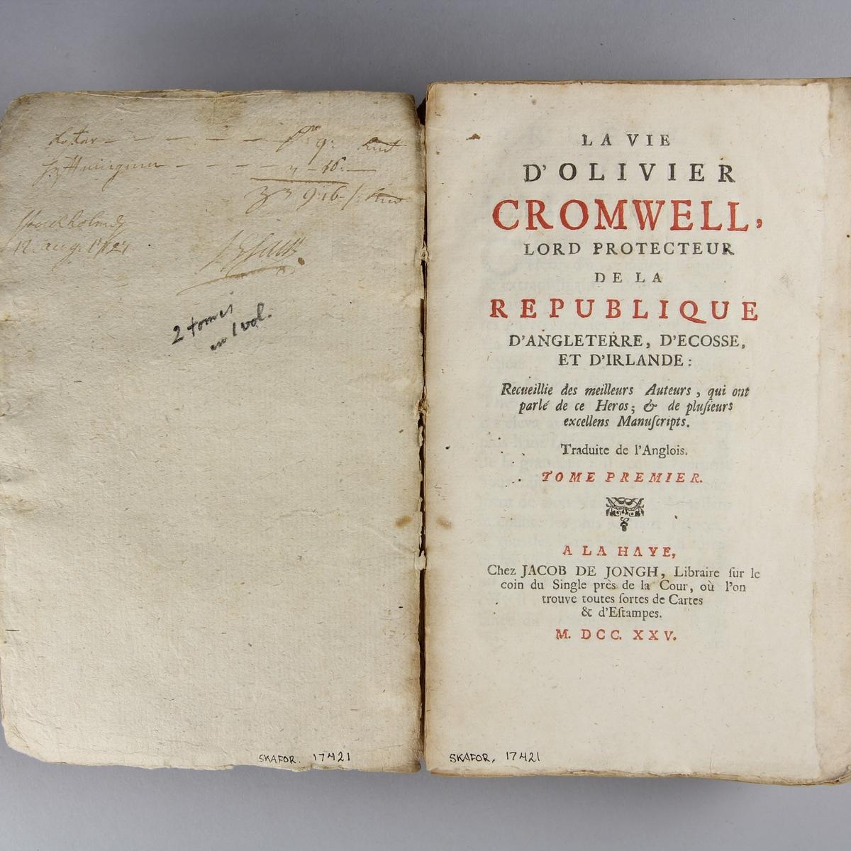 """Bok, häftad, """"La vie de Oliver Cromwell"""", del 1 och 2 i samma volym. Pärm av  marmorerat papper, oskuret snitt. Anteckning om inköp."""