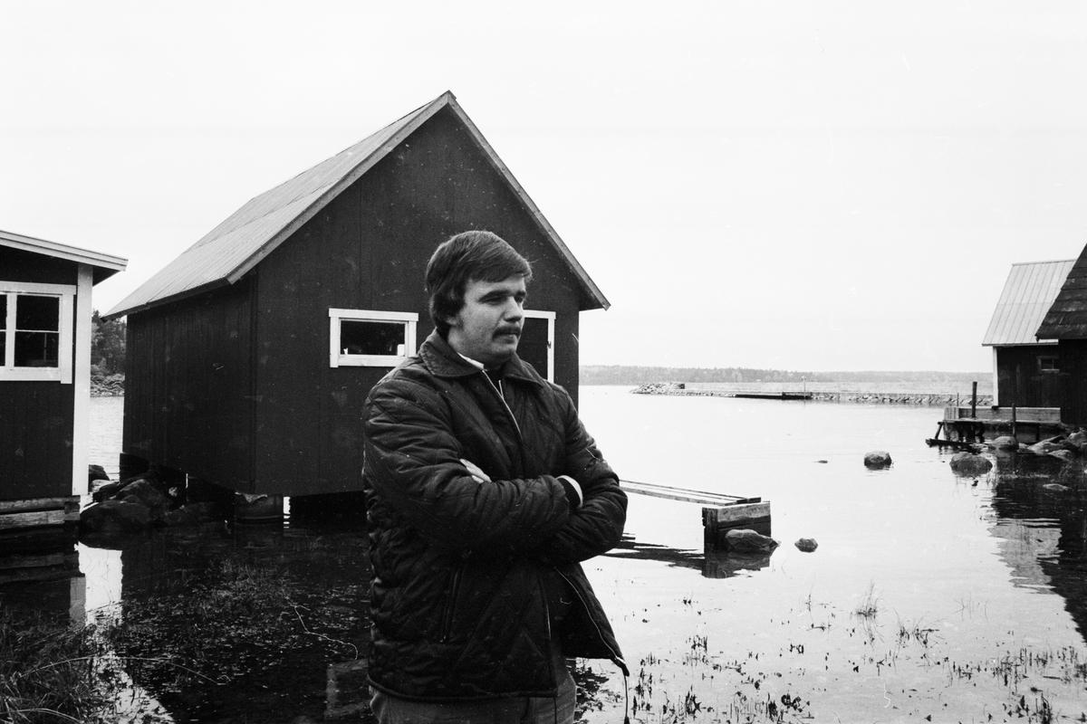 """""""Förargelsens båthus"""", sannolikt Tierp, Uppland"""