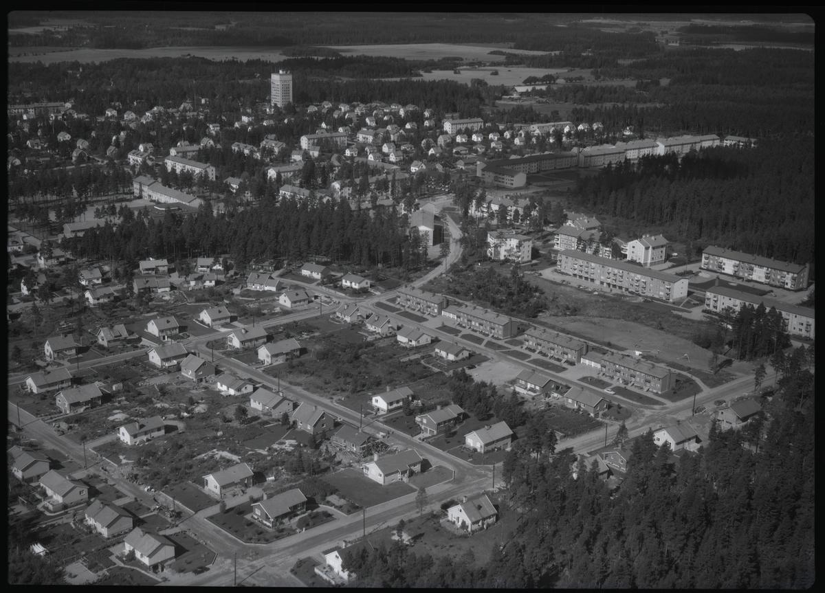 Flygbild över Surahammar. Tagen 1962 av AB Flygtrafik Dals Långed.