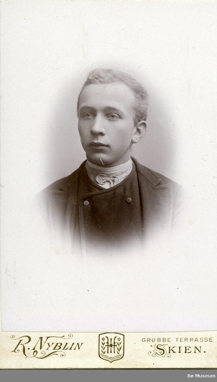 Portrett av Ole Prestholt