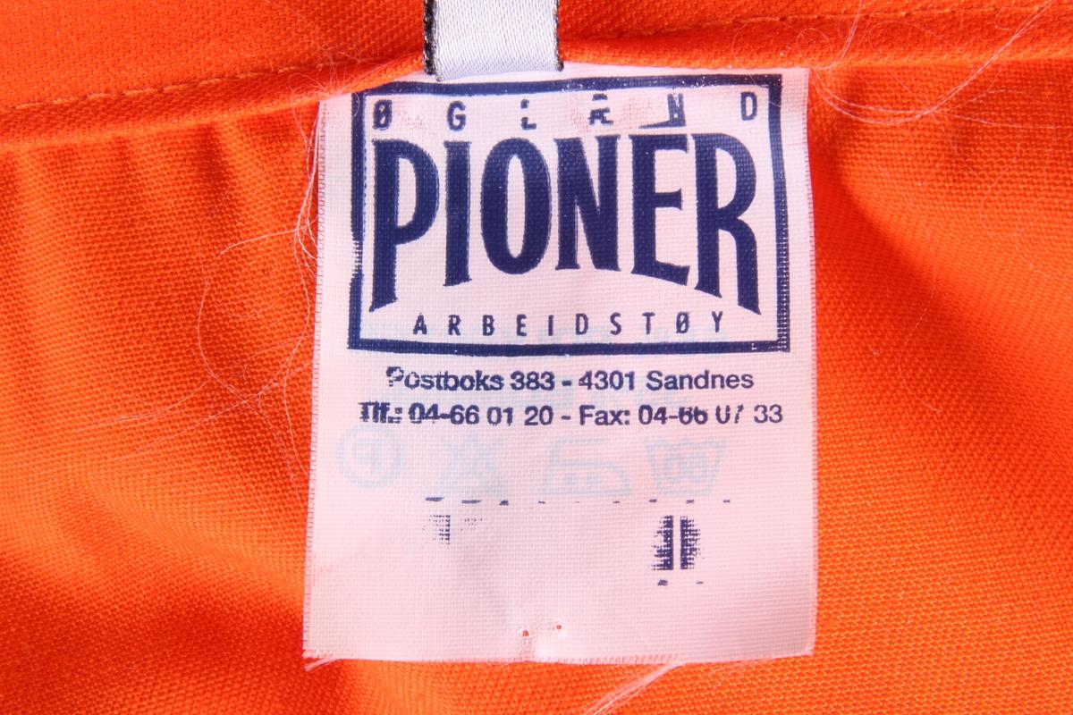 adbb2931 Kjeledress av merket Pionér fra firma Jonas Øglænd AS.