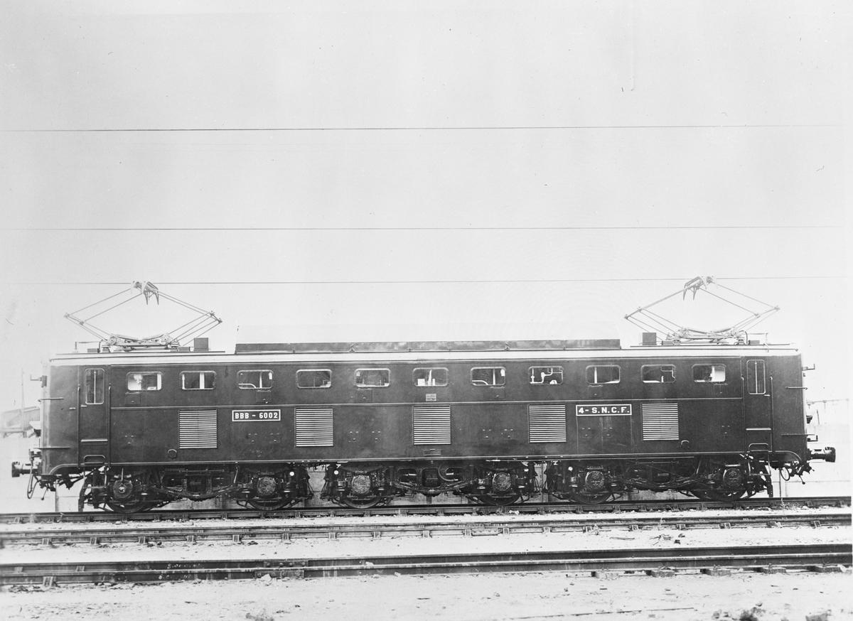 SNCF ellok BBB-6002      Det franska statliga järnvägsbolaget SNCF
