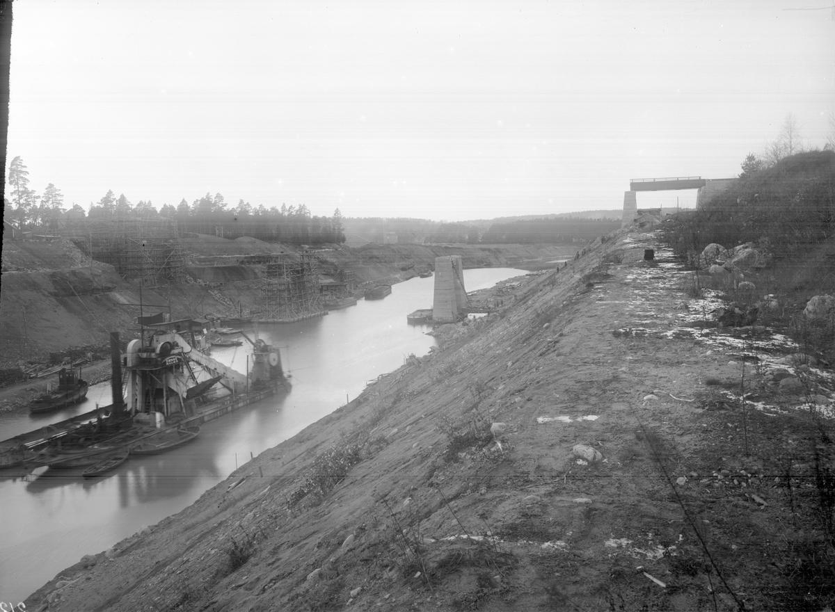 Södertälje Kanal. Klaffbrostöd.