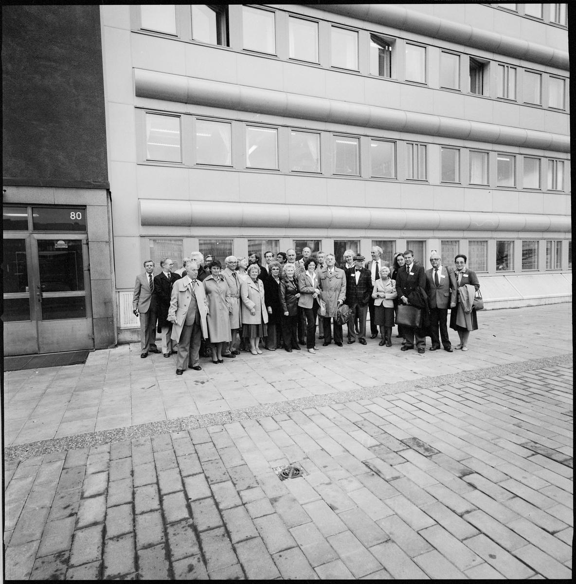 Deltagarna i en ATM-konferens vid Klarabergsviadukten.
