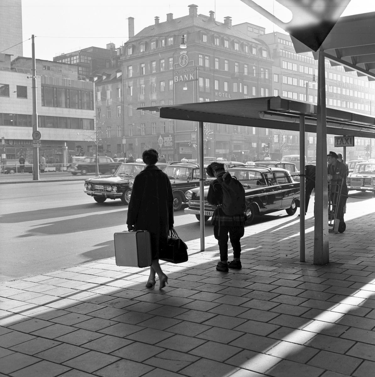 Resande på Centralplan, Stockholms Central