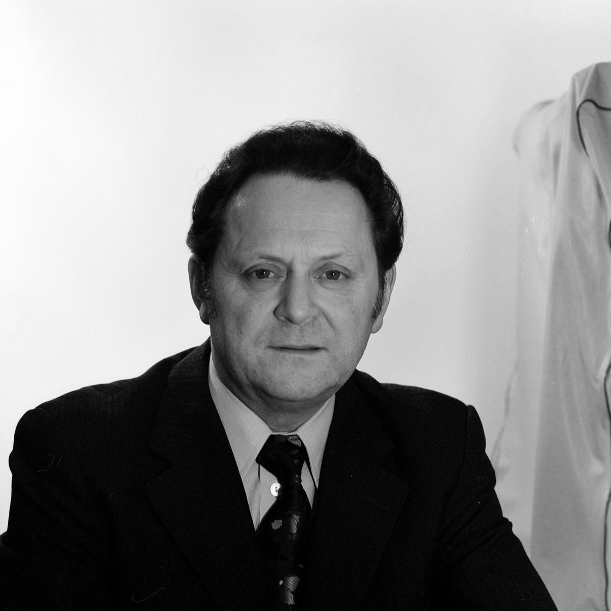 Avdelningsdirektör, Ad, Åke Hogler, Fos.