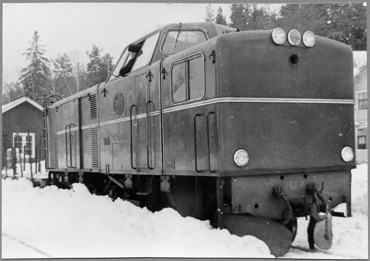 Statens Järnvägar, SJ Tp 3504 vid Storsjö station.