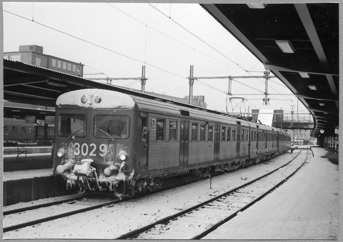 Pendeltåg i Stockholm C. Statens Järnvägar, SJ X1 3029.