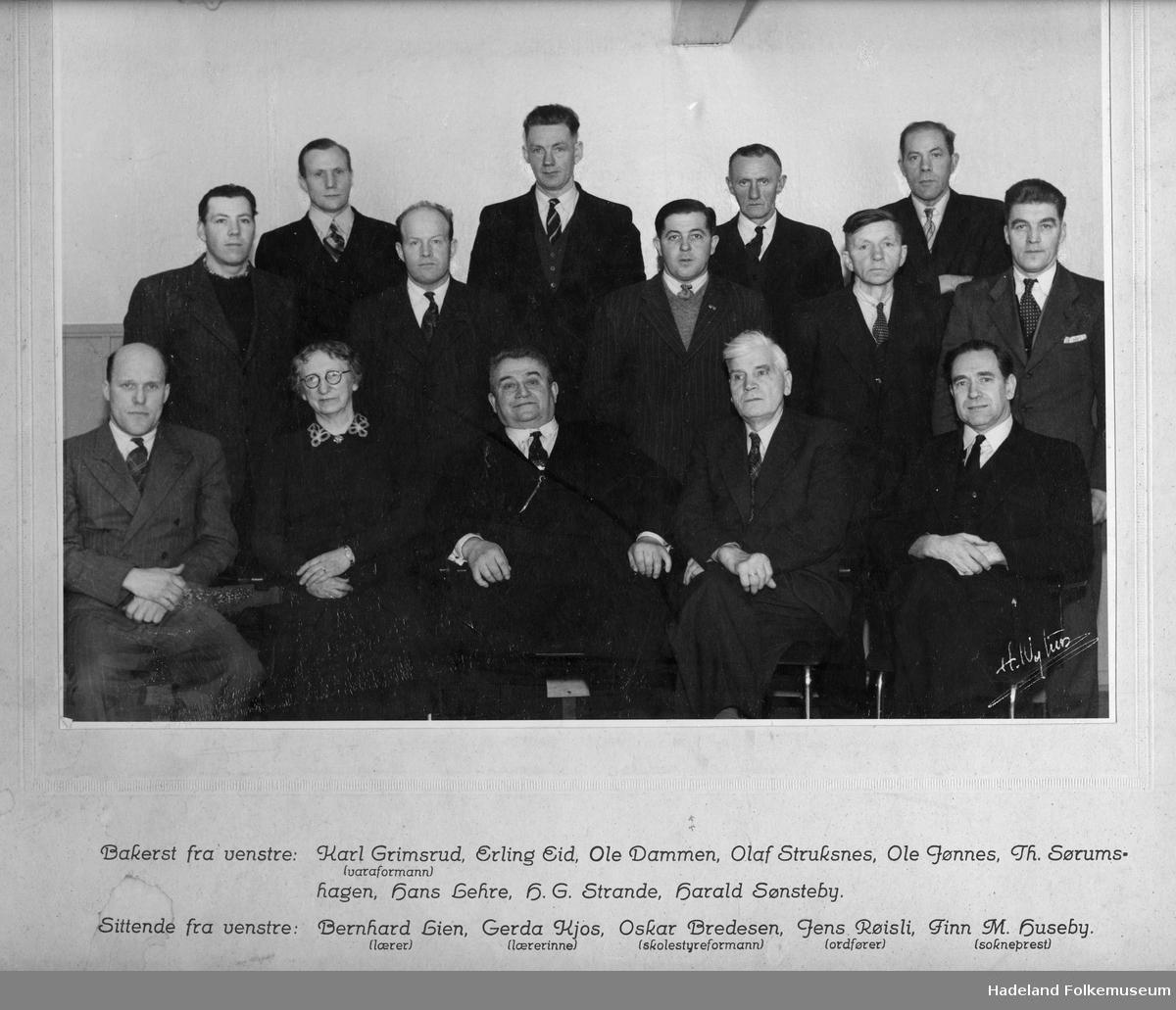Brandbu skolestyre 1952.