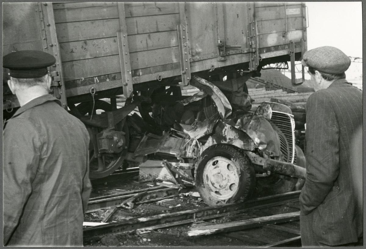 Bilden tagen i samband med en olycka vid Gävle hamn, Fredriksskans, då en godsvagn kolliderade med en lastbil.