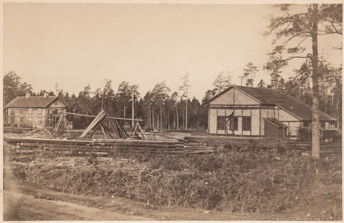 Hallsberg lokomotivstall under byggnad 1862