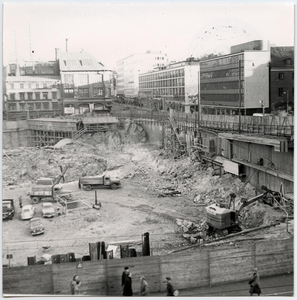 Rivning av Vasagatan 24. 1960-1961