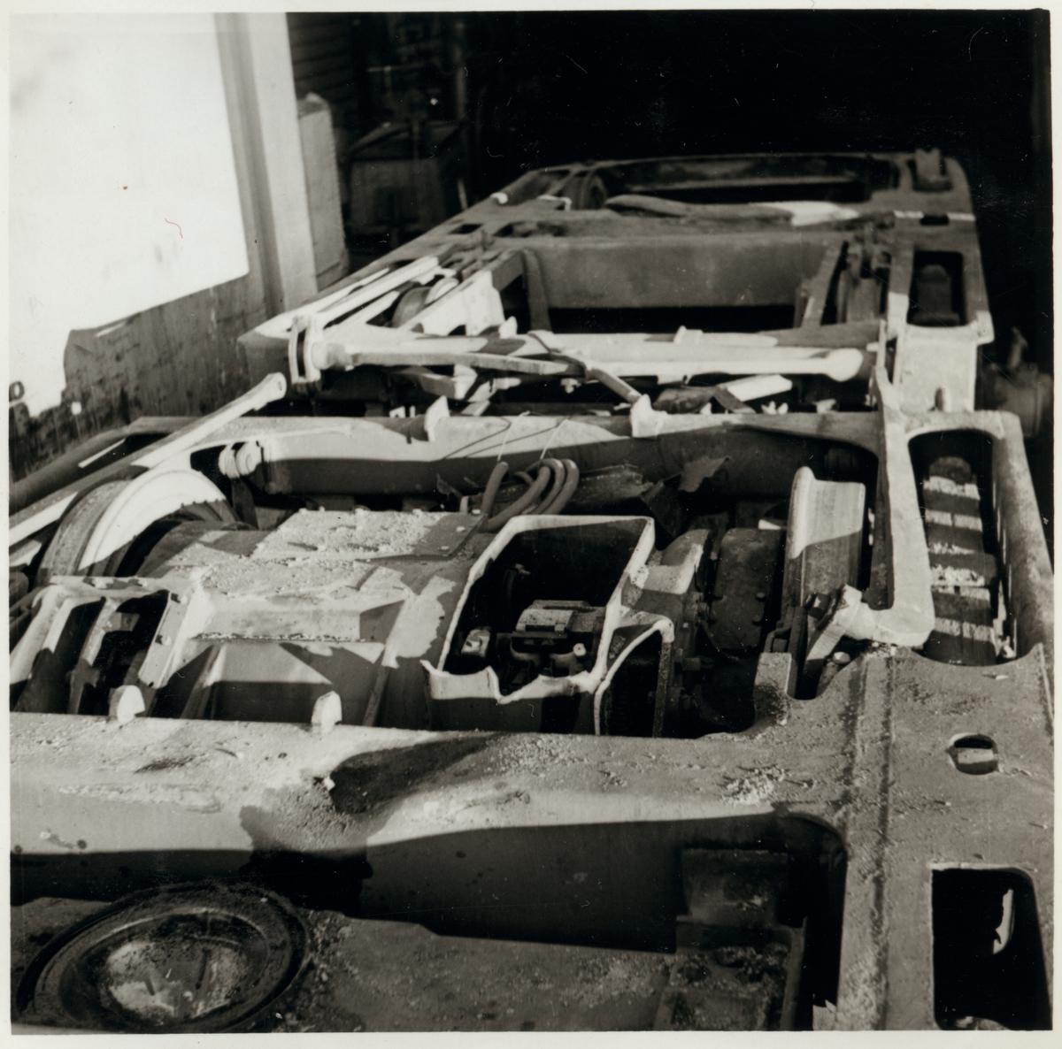 Skador på motorboggie på A-vagnen efter olycka vid hållplatsen Arket 1951.