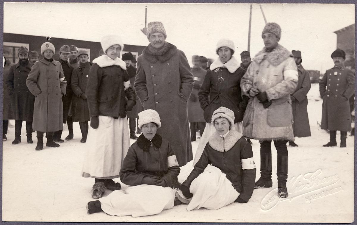 Sjukvårdspersonal i Haparanda under Första världskriget.