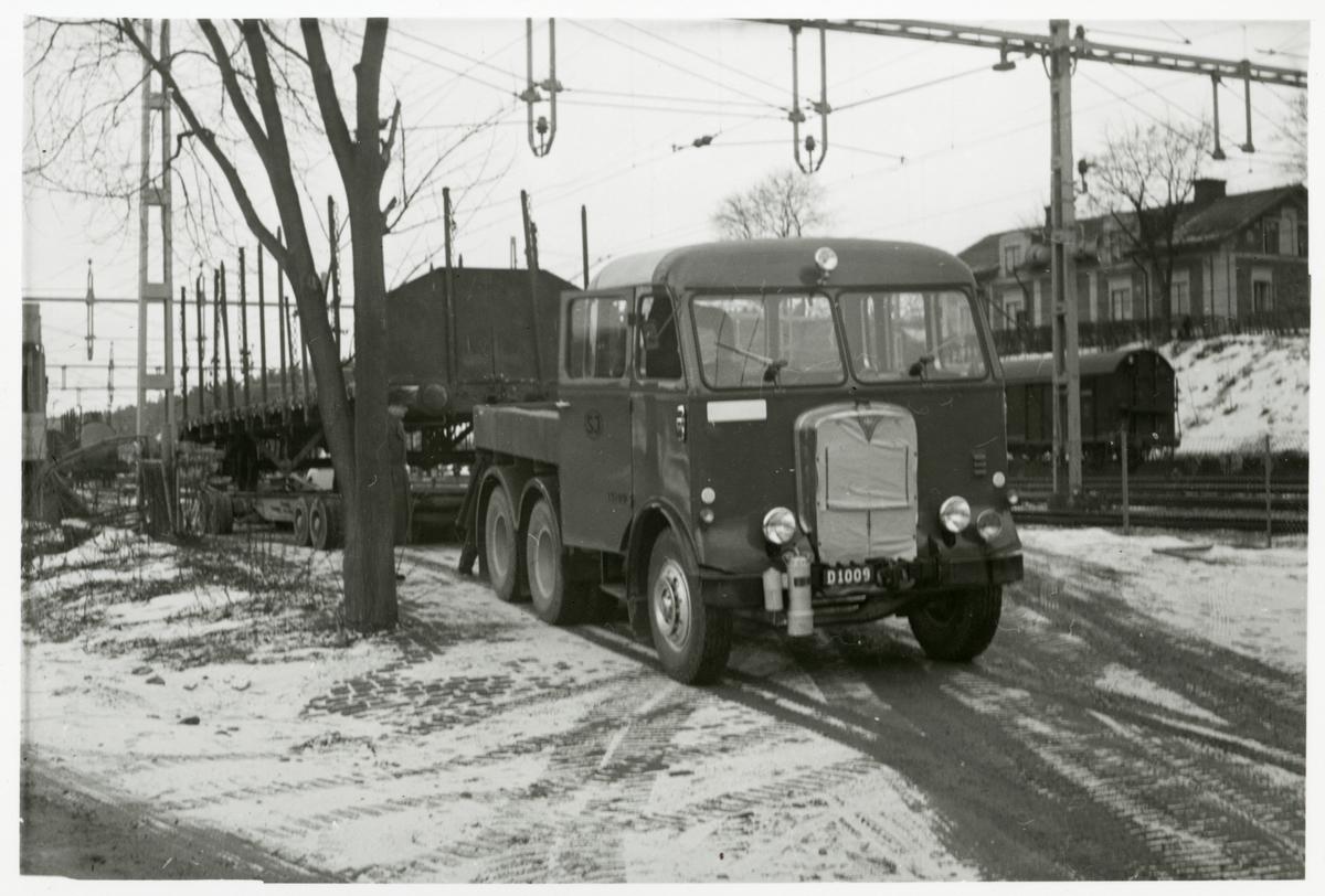 Godsvagn lastad på vagnbjörn.