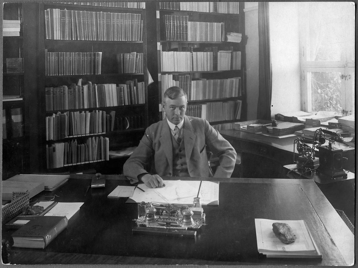 Chef för statistiska kontoret, Lars Akselsson.