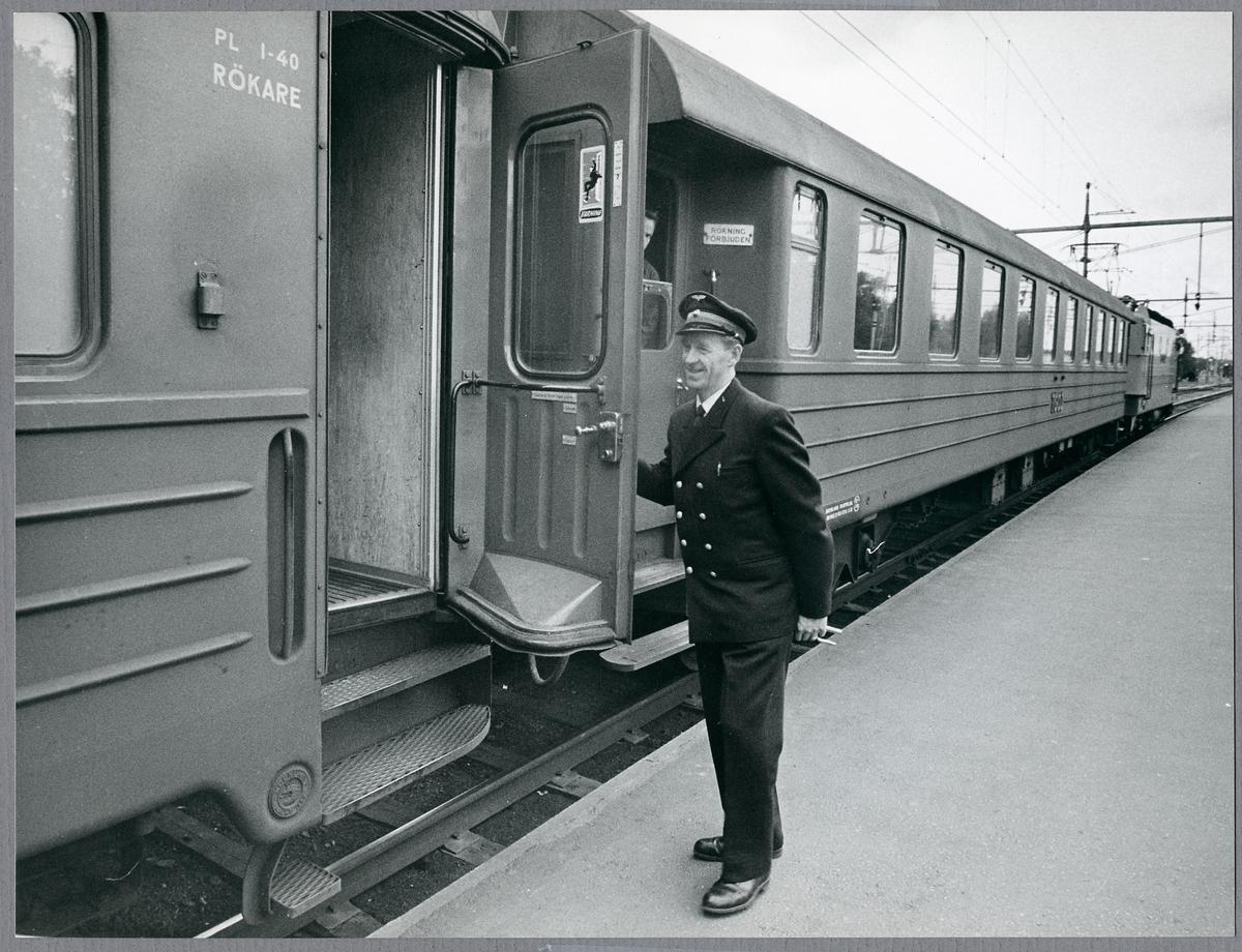 E Bergström hos Trafikaktiebolaget Grängesberg - Oxelösunds Järnvägar, TGOJ.