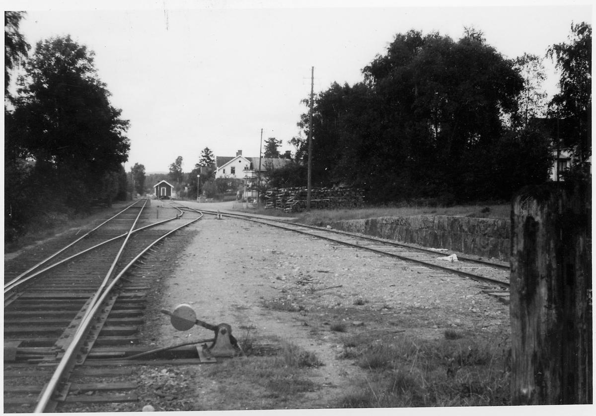 Infarten till Sparsör station, i riktning mot Herrljunga.