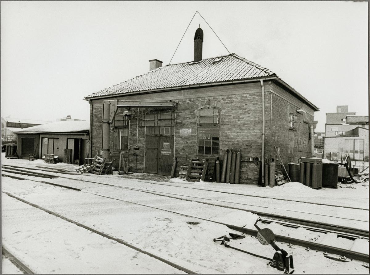 Exteriör av Trafikaktiebolaget Grängesberg - Oxelösunds Järnvägar, TGOJ gasstation vid Eskilstuna C.